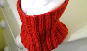 Neckwarmer - Fitted Cowl - Rouge Red 3