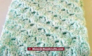 Infinity Scarf Mint Green - Crocheted Cowl - Womens Snood 4