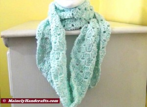 Infinity Scarf Mint Green - Crocheted Cowl - Womens Snood 5