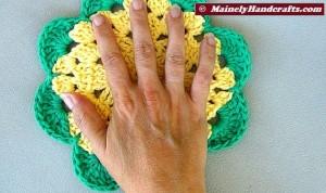 Crochet Dishcloth - Flower Wash Cloths - set of 2 5