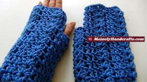 Crochet Shell Fingerless Gloves - Blue Acrylic Hand Warmers 3